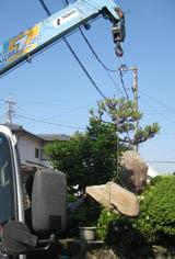 沓石移設工事_f0045132_1124112.jpg