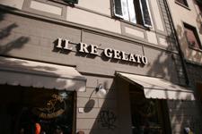 フィレンツェのお勧めジェラート屋さん IL RE GELATO_f0106597_19324837.jpg
