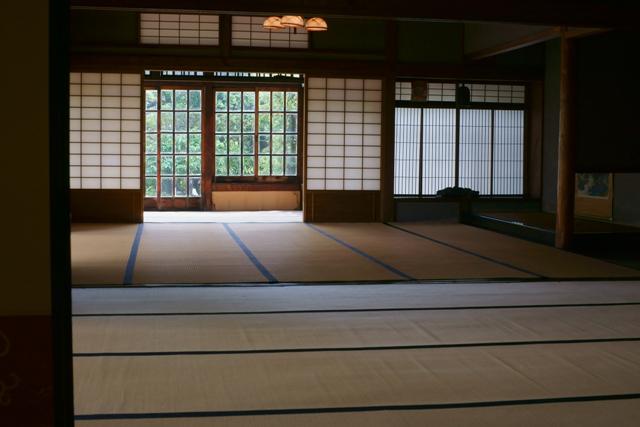 旧西尾家住宅の夏萩 (前)_e0177413_1525762.jpg