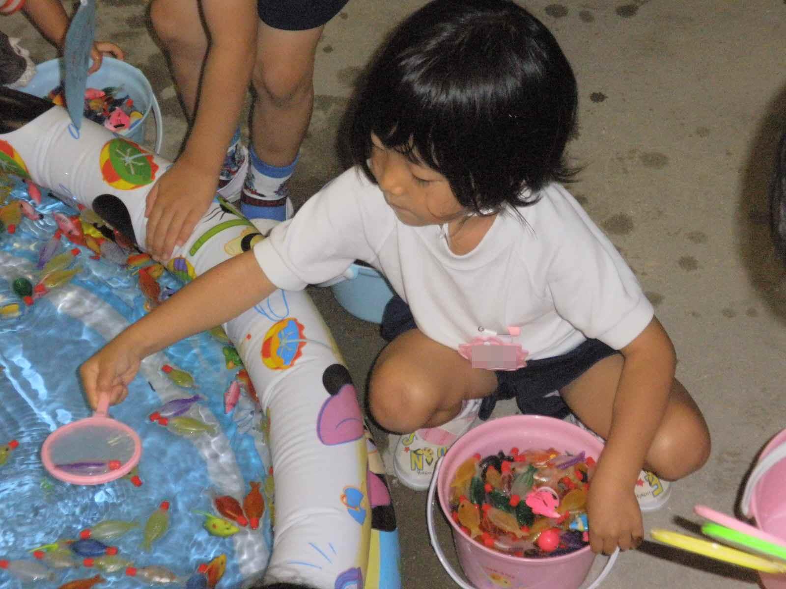 幼稚園の夏まつり。。。_f0096955_1242436.jpg