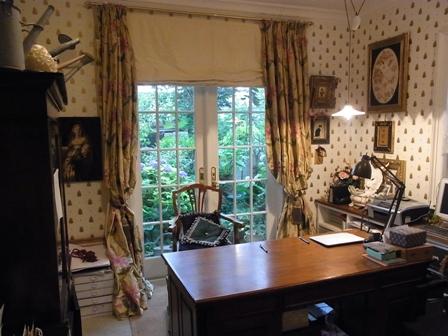 東京に居ながらヨーロッパのガーデンライフ 吉谷邸_a0138976_19515379.jpg