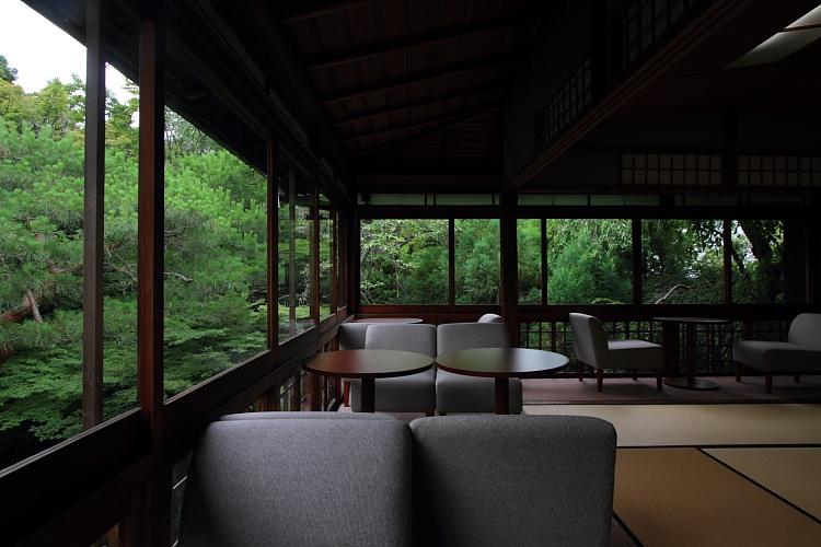cafe 杏こ庵_e0051888_0372485.jpg