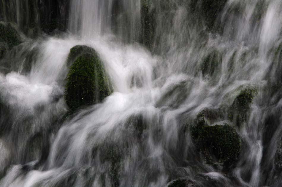 涼しげな、水の写真_f0150893_19155357.jpg