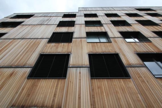 木造6階建てミネルギーハウス:チューリッヒ近郊_e0054299_1032538.jpg