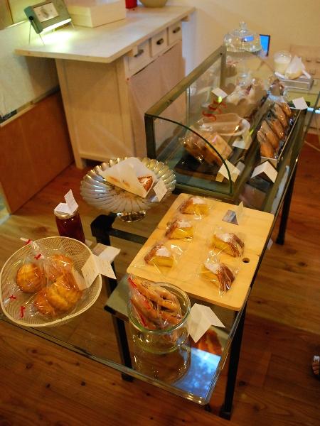ありんこ菓子店へ_c0177814_1838580.jpg
