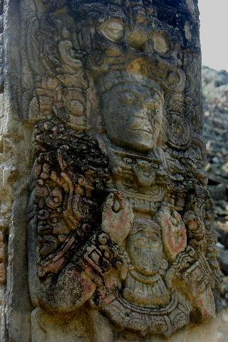 コパン遺跡 (3) 西広場 ② 16号神殿と祭壇Q_c0011649_7255313.jpg