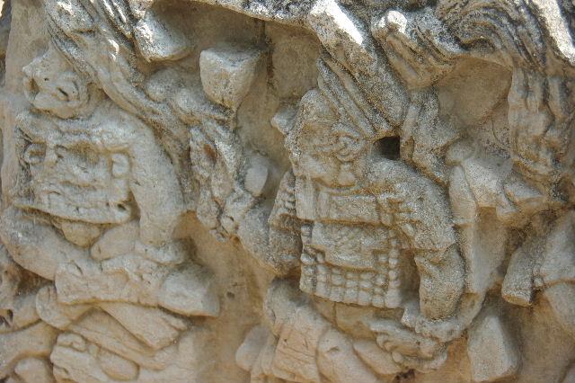 コパン遺跡 (3) 西広場 ② 16号神殿と祭壇Q_c0011649_754512.jpg