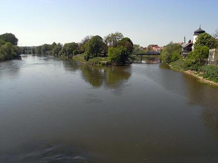 ドナウヴェルト ドナウ川とヴェルニッツ川 ピンホール写真展「時の旋律」_f0117059_19395059.jpg