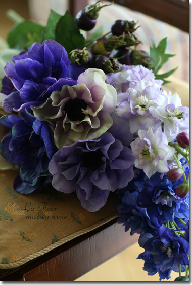 デルフィとアネモネの花束_f0127281_19452557.jpg