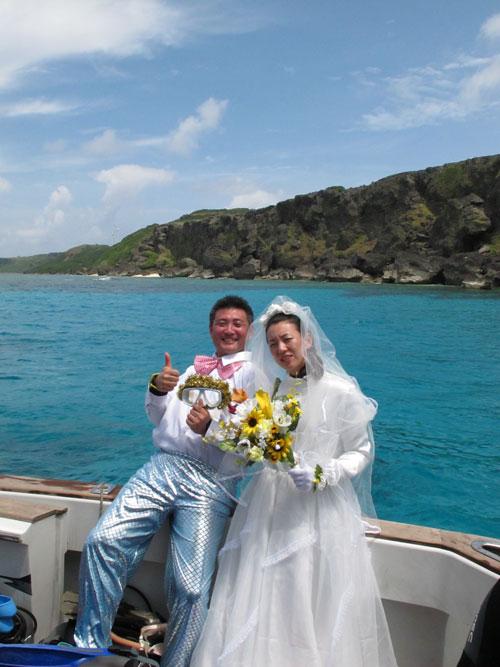 水中結婚式_b0158746_17505089.jpg