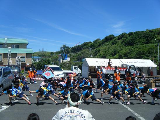 礼文神社のお祭り_e0120026_237237.jpg