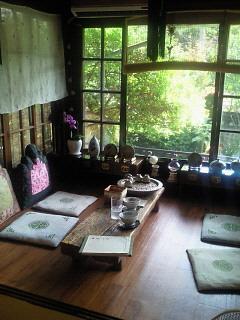 韓国の伝統茶家_a0163896_22304954.jpg
