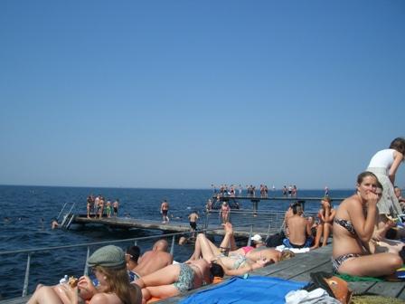 海へジャンプイン_a0159707_0213479.jpg