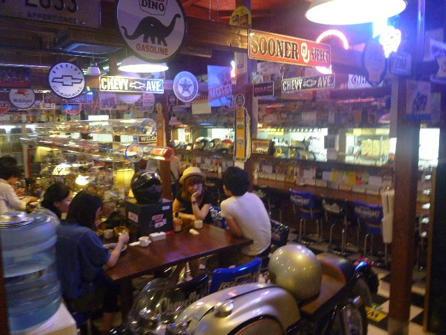 尼崎 UK  Wildcat Cafe と 伊丹 コヨーテ・カフェ_b0054727_1351080.jpg