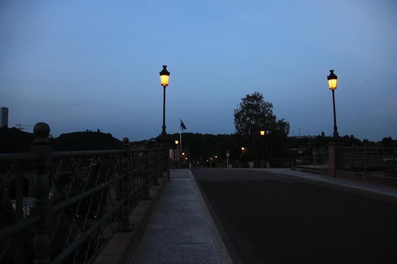 ルクセンブルクの夜景_c0187779_5352886.jpg