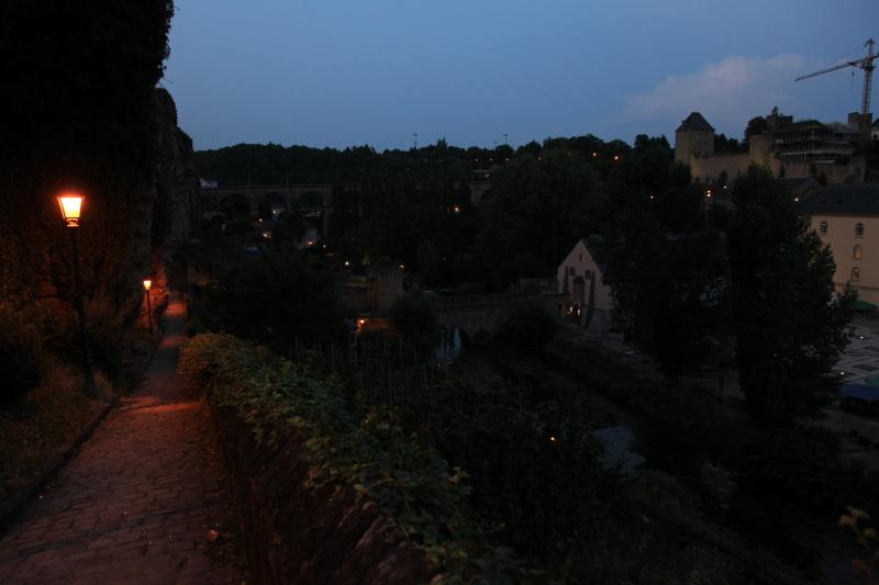 ルクセンブルクの夜景_c0187779_5365617.jpg