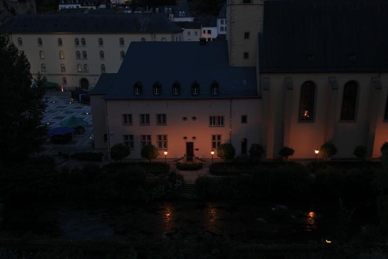 ルクセンブルクの夜景_c0187779_5372561.jpg
