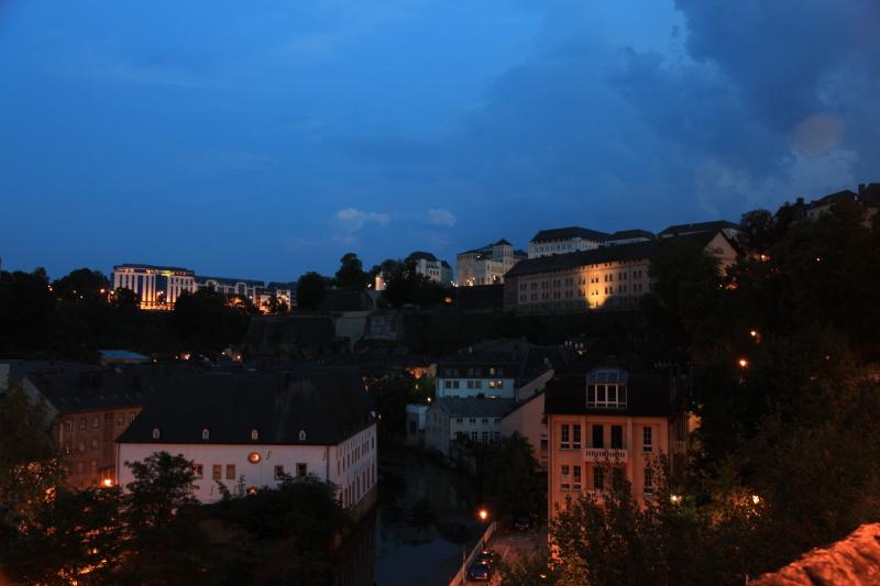 ルクセンブルクの夜景_c0187779_538178.jpg