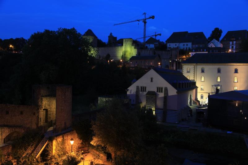 ルクセンブルクの夜景_c0187779_5383430.jpg