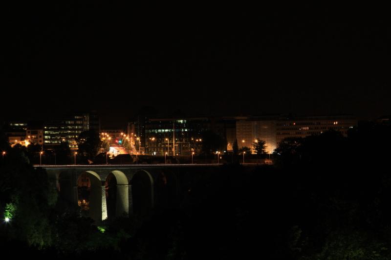 ルクセンブルクの夜景_c0187779_5434178.jpg
