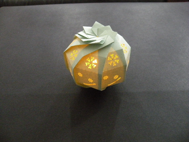 すべての折り紙 折り紙結晶作り方 : 三谷博士の立体折り紙 : 東京 ...