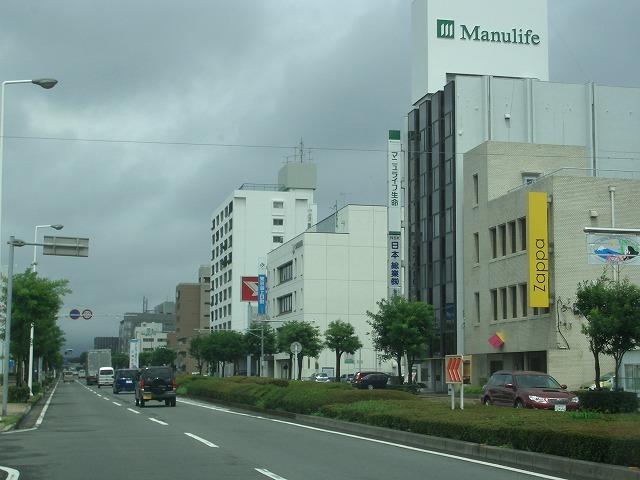 姿を現し始めた「富士法務総合庁舎」_f0141310_22413670.jpg