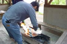 八杉千年の森イベント「本格派・炭焼き体験・窯だし 木炭アート」開催(その3)_e0061225_13365166.jpg