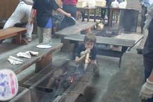 八杉千年の森イベント「本格派・炭焼き体験・窯だし 木炭アート」開催(その3)_e0061225_13385613.jpg