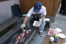 八杉千年の森イベント「本格派・炭焼き体験・窯だし 木炭アート」開催(その3)_e0061225_13415734.jpg