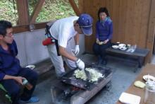 八杉千年の森イベント「本格派・炭焼き体験・窯だし 木炭アート」開催(その3)_e0061225_13575593.jpg