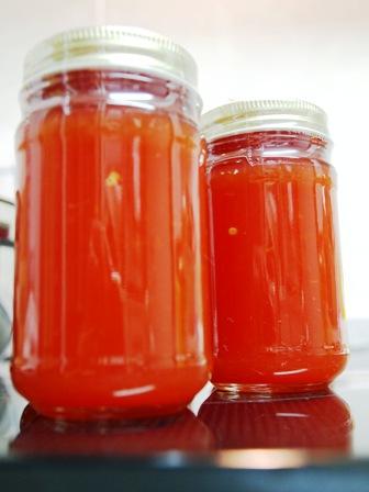 完熟トマトでジャム_e0167593_0305588.jpg