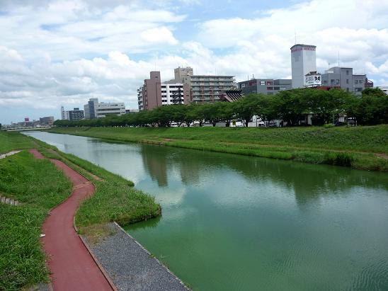 川_f0155808_7512928.jpg