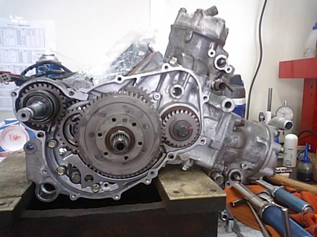 6  NSR250エンジンO/H_e0114857_2253796.jpg