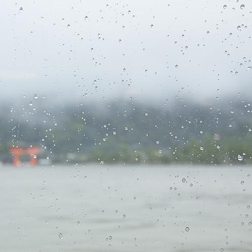 大雨の宮島 2_f0099102_2130206.jpg
