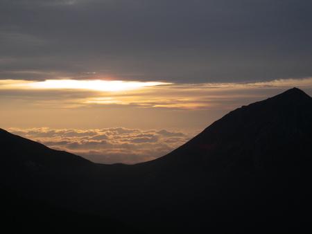 タマルガル石と西岳から見たビュー_f0219043_541654.jpg