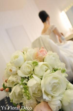 カップ咲きのバラ キャスケードブーケ_b0113510_013117.jpg