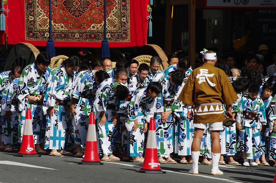 祇園祭 山鉾巡行 ~出発~_f0152550_21275721.jpg