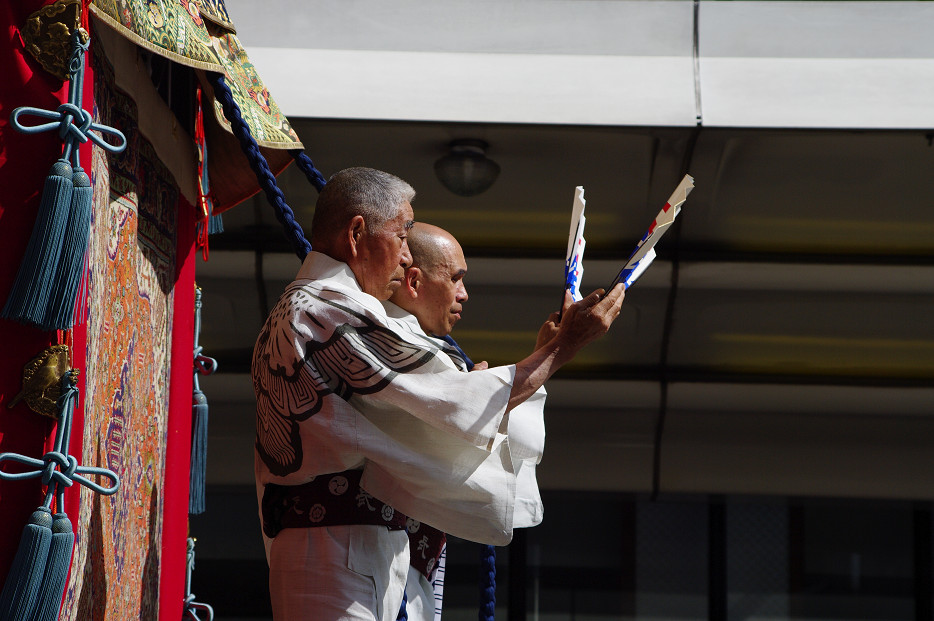 祇園祭 山鉾巡行 ~出発~_f0152550_21312362.jpg