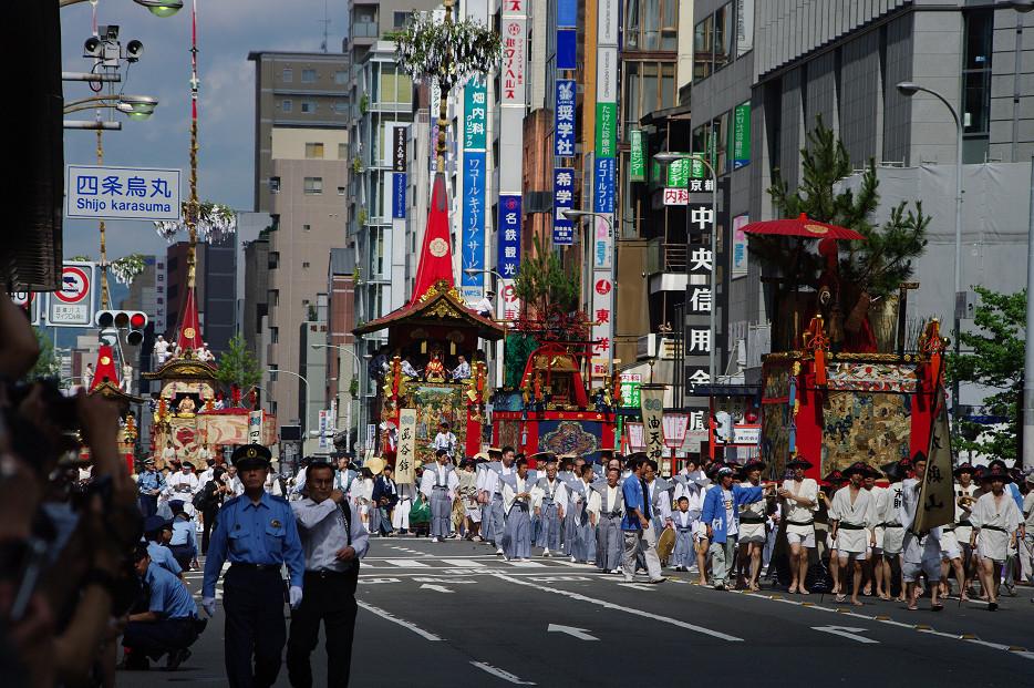 祇園祭 山鉾巡行 ~出発~_f0152550_21315169.jpg