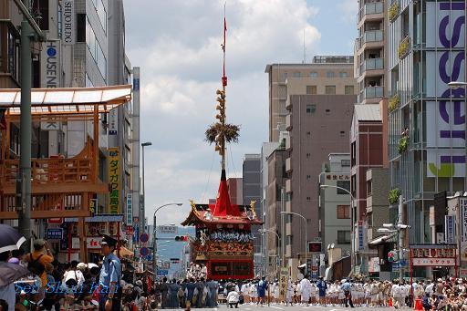 祇園祭 山鉾巡行_a0164068_2332282.jpg
