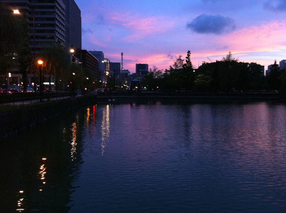 iPhone4で夜を撮る_e0004009_0164185.jpg
