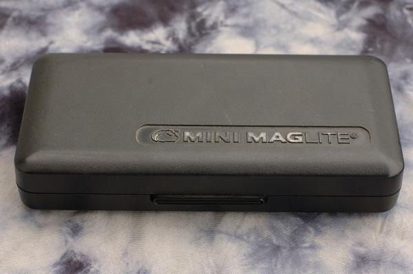 お気に入りの道具たち(2) MINI MAGLITE CASE_b0131470_2115548.jpg