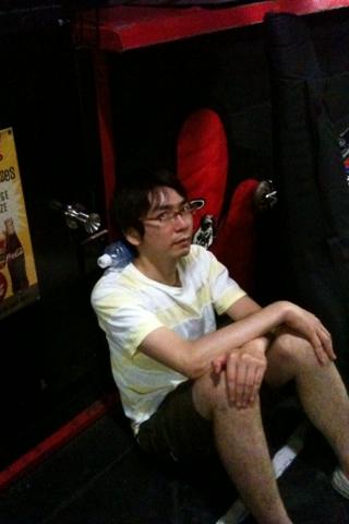 京都に着きました、かわむらさんもうグッタリ_b0048882_1443613.png