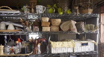 スチール棚の食器収納:整理術_e0086864_23251753.jpg