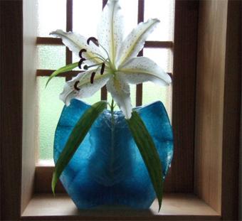 「北鎌倉の家」の建主から美しいやまゆりが届きました。_c0195909_20525572.jpg