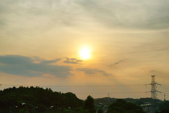さらに猛暑 の夕_e0077521_2310159.jpg