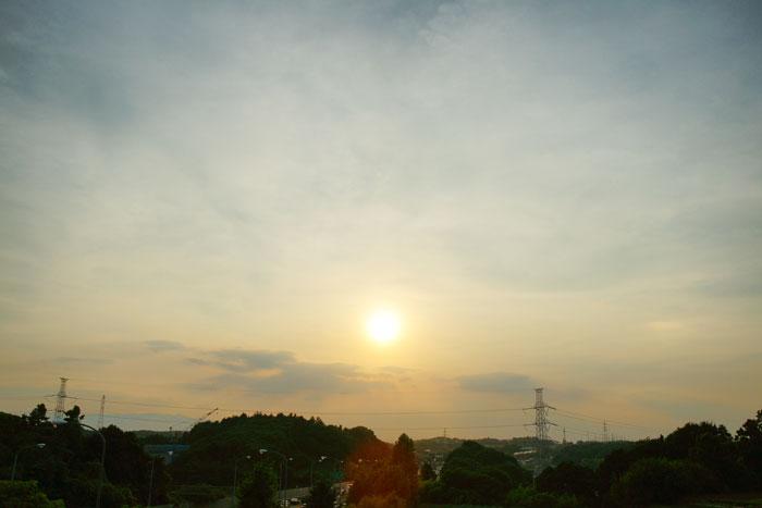 さらに猛暑 の夕_e0077521_2392437.jpg