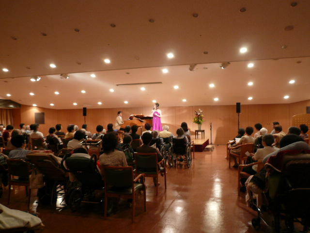 多田周子、叙情をうたうコンサート♬_b0099226_1250617.jpg