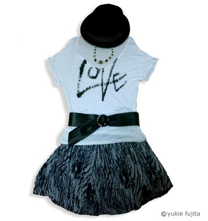 書・ラボvol.41 : ファッションふであそび 「LOVE」_c0141944_0203949.jpg