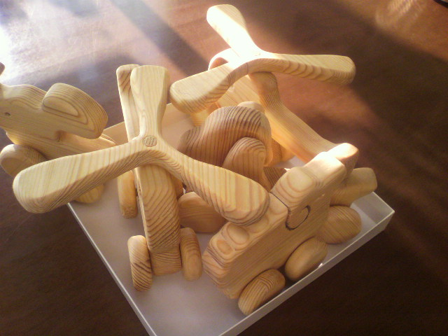 木工玩具_b0106766_23413526.jpg